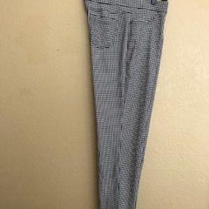 🏷 3 for $20 NWOT Stretchy Skinny Leg Pants!